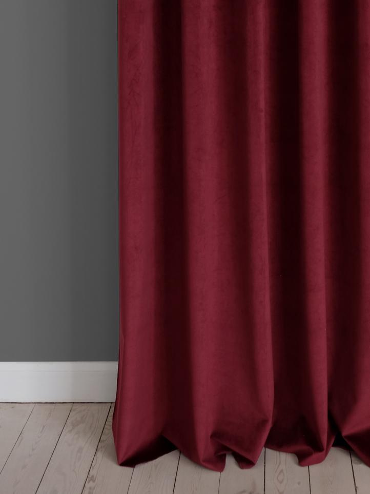 Utrolig Velour gardiner i et væld af farver→Se alle vores velour stoffer! DM-26
